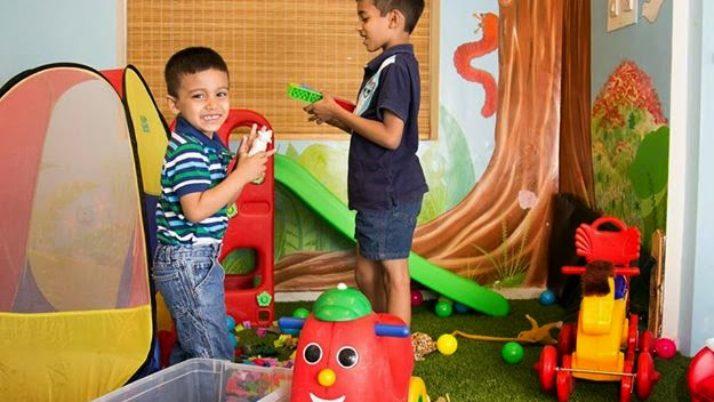Kids Dental Care: Planning your child's first dental visit